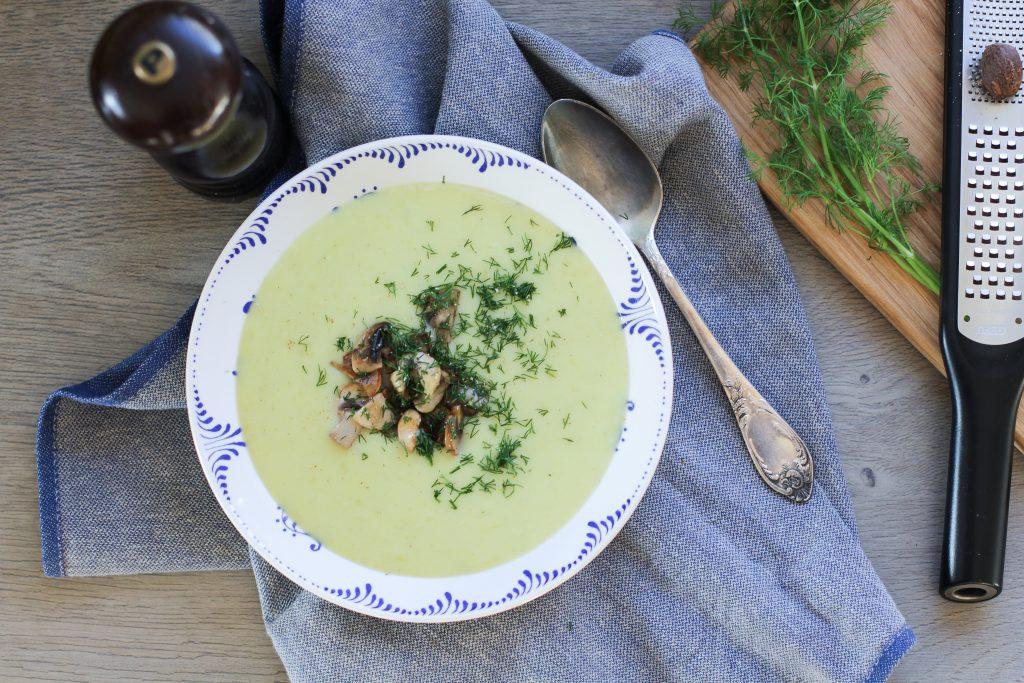 Bulvių ir porų sriuba su grybais